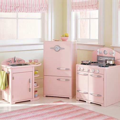 Childrens kitchen sets kitchen designer for Kitchen set pink